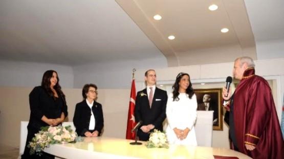 İnönü oğlu Murat Erdal İnönü'nün nikahını kıydı galerisi resim 7