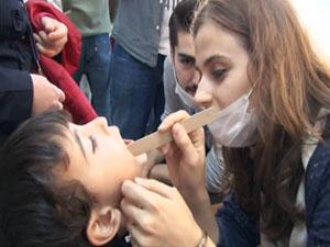Zeytinburnu' nda engelli çocuklar diş sağlığı kontrolünden geçti