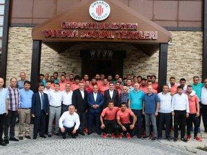 Başkan Can Ümraniyespor'u ağırladı