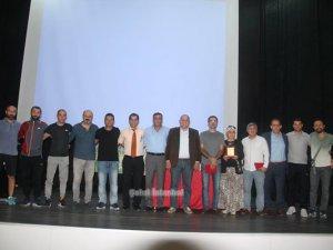 Sancaktepe Kulüplerine futbol kuralları semineri verildi