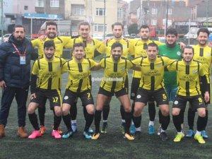 Üsküdar Çınarspor 5'te 5 yaptı
