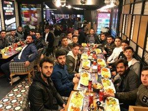 Sapanbağlarıspor'da moral yemeği