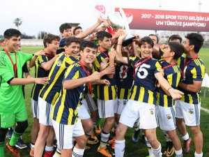 U14 Elit Ligi'nde şampiyon Fenerbahçe A.Ş. oldu