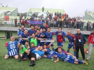 Tuzla Mimarsinanspor şampiyon oldu