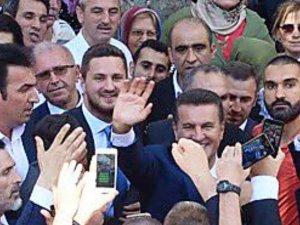 Mustafa Sarıgül oğlu Emir Sarıgül'ü bayramlaşmada istememesinin nedeni!