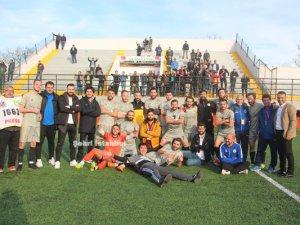 İstanbul Ağrıspor zirvenin yeni sahibi
