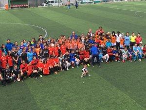 Minik Kızlar Futbol Şenliği başladı