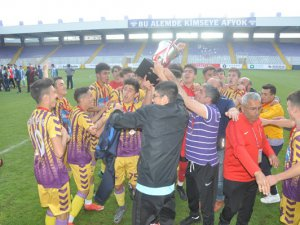 U17 Türkiye Şampiyonu Çubukluspor oldu