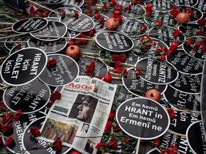 Gazeteci Hrant Dink Şişli'de Agos Gazetesi önünde anıldı