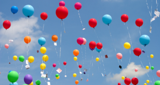 Kadınlar umutlarını balonla uçurdu