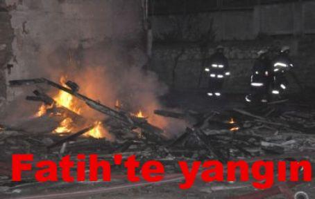 Fatih\'te yangın