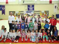 Kartal'da kreş çocuklarına jimnastik eğitimi veriliyor