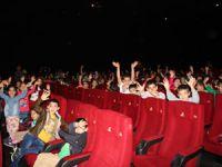 Beyoğlu'nda 900 öğrenci sinemayla buluştu