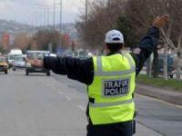 İstanbul'da Yollar Trafiğe Kapatılacak..!