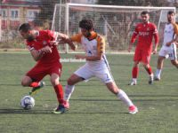 Kurtköyspor-Uzunderespor maçında gol sesi çıkmadı