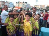 Çakmakspor 2008 Yıldızlar Turnuvası şampiyonu Çubukluspor oldu