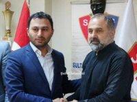Sultangazispor'da teknik kadro görevi bıraktı