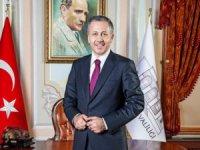 Vali Yerlikaya, İstanbul'a giriş çıkışlar şartlarını açıkladı