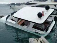 İstanbul'daki fırtına Bebek'teki lüks tekneyi batırdı