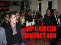 CHP'li gençler Atatürk'ü andı