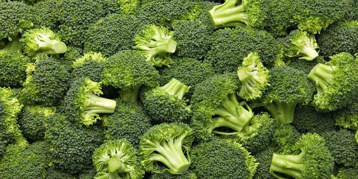 sigara-icenler-10-besini-mutlaka-almalilar-brokoli.jpg