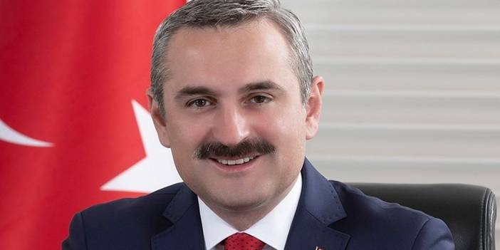 Ak Parti İstanbul İl Başkanlığı'ndan 65 yaşa 'Vefa Telefonu'